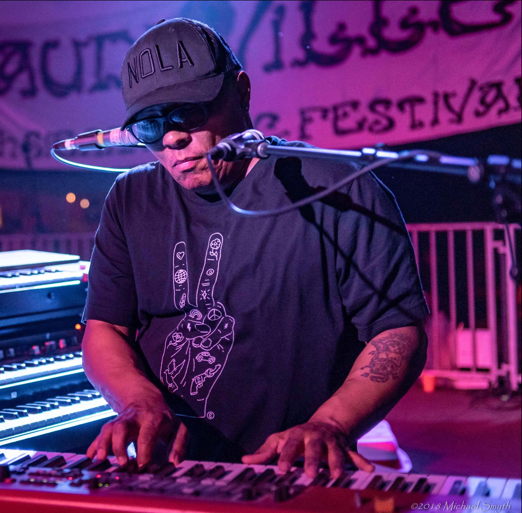 drummer-zigaboo-modeliste-Foundation-of-Funk_04